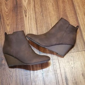 Ankle wedge shoes /new